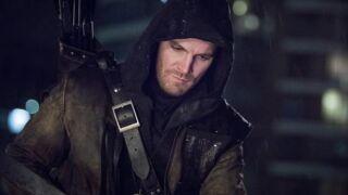 Stephen Amell : la star de Arrow prépare son combat de catch !