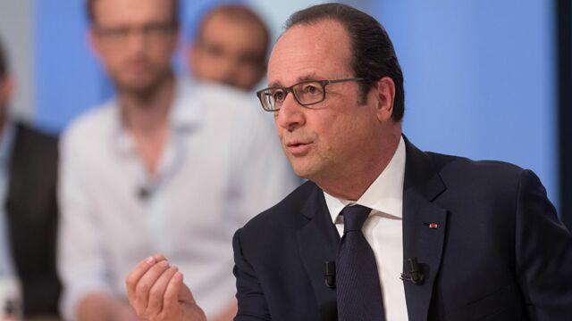 Football : comment François Hollande est venu au secours de Canal+ ?