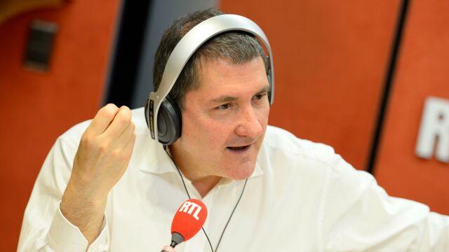 Yves Calvi : le touchant message adressé à sa femme