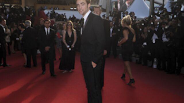 Robert Pattinson met le feu à la Croisette