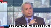 """""""C'est monstrueux !"""" : Bruno Roger-Petit choqué face à un prêtre anti-IVG sur le plateau de Pascal Praud (VIDÉO)"""