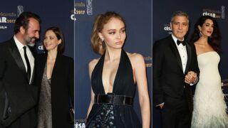 Jean Dujardin et Nathalie Péchalat complices, Lily-Rose Depp décolletée... Le tapis rouge des César 2017 (60 PHOTOS)