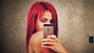 Shy'm : Topless, elle dévoile ses cheveux rouges... et fait le buzz !