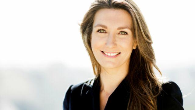 Si on le lui proposait, Anne-Claire Coudray accepterait de présenter le JT toute l'année