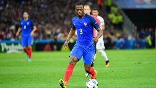 Euro 2016 : Moqué sur le web, Patrice Evra réagit avec humour