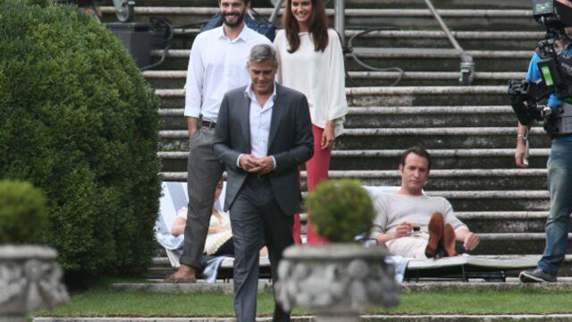 George Clooney et Jean Dujardin très complices sur le tournage de Nespresso (PHOTOS)