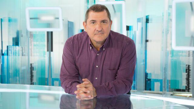 Yves Calvi dévoile les raisons de son absence à l'antenne