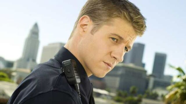 Gotham : découvrez Ben McKenzie, le nouveau visage du commissaire Gordon