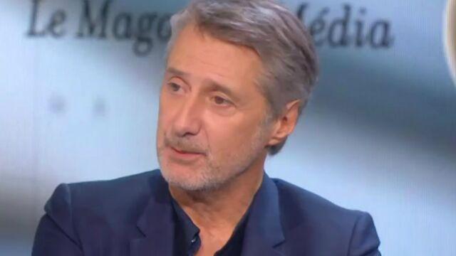 """Antoine de Caunes : """"J'ai un rapport très compliqué avec Canal+"""" (VIDÉOS)"""
