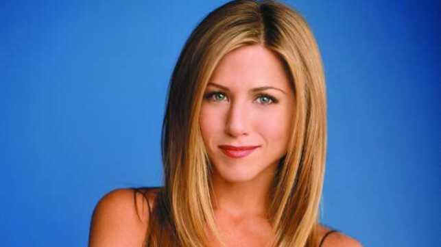 La Coupe De Cheveux De Jennifer Aniston Depassee Actu Tele 2