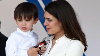 Raphaël, le fils de Charlotte Casiraghi et Gad Elmaleh, trop chou pour sa deuxième sortie officielle à Monaco (10 PHOTOS)