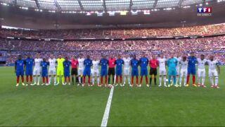 Le bel hommage aux victimes de Manchester lors du match France-Angleterre