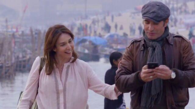 Un + Une de Claude Lelouch : opération séduction pour Jean Dujardin et Elsa Zylberstein au bord du Gange (VIDEO)