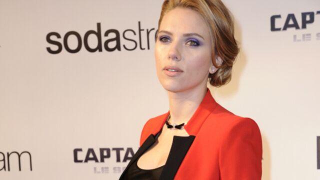 Scarlett Johansson, radieuse à l'avant-première de Captain America : le soldat de l'hiver (PHOTOS)