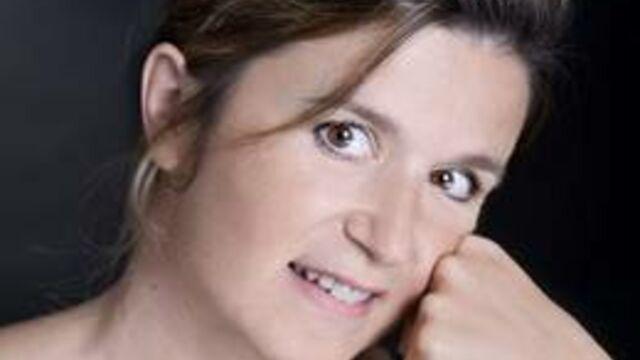 Un album pour la voix française de Teri Hatcher
