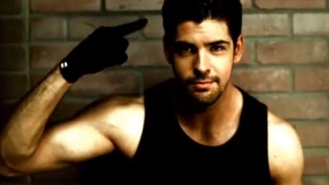 Danse avec les stars 5 recrute Miguel Angel Munoz, le beau gosse de Un, Dos, Tres (VIDEO)