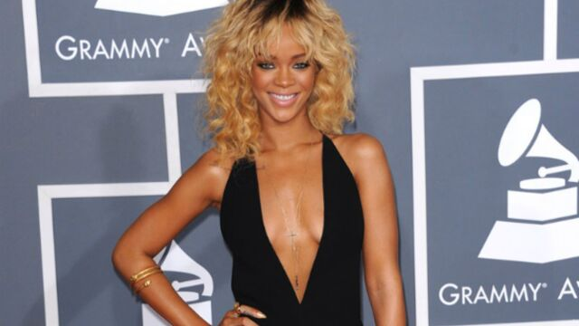 Censure : Rihanna fâchée avec Instagram (PHOTOS)
