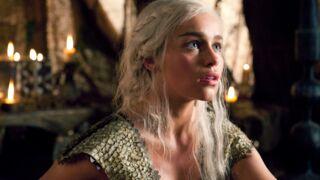 Game of Thrones : Emilia Clarke a regardé sa scène de nu... avec ses parents (VIDEO)