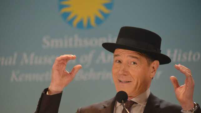 Sachets de meth, chapeau d Heisenberg et autres accessoires de la série  Breaking Bad viennent d être acquis par le National Museum of American  History de ... 3aedea98d34