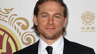 Charlie Hunnam, la star de Sons of Anarchy, choisi par Guy Ritchie pour son Roi Arthur