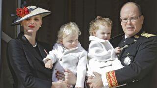 Fête Nationale de Monaco : Charlène de Monaco et le Prince Albert présentent les jumeaux au balcon (PHOTOS)