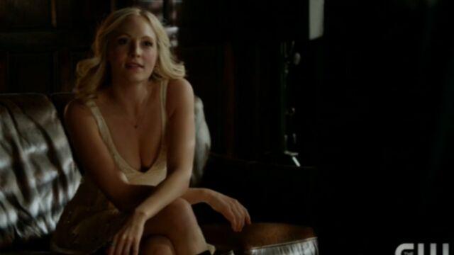 Vampire Diaries : le jeu mortel de Caroline (VIDEO)