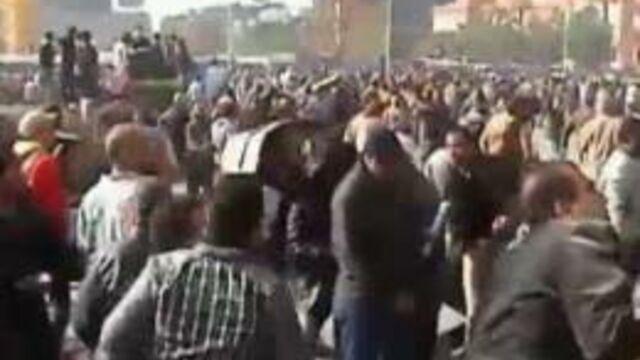 Les journalistes étrangers malmenés en Egypte
