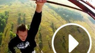 Un homme qui n'a pas le vertige, une personne ivre… le Zapping Web ! (VIDEO)