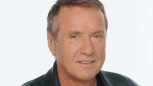 Yves Rénier de TF1 à NT1