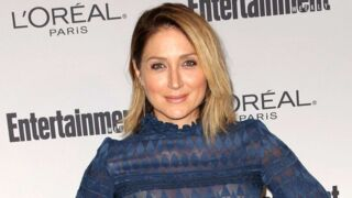 Topless, Sasha Alexander (Rizzoli & Isles) dévoile les coulisses d'un shooting sexy