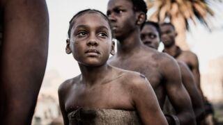 Exclu : découvrez The Book of Negroes, la mini-série bouleversante sur l'esclavage (VIDÉO)