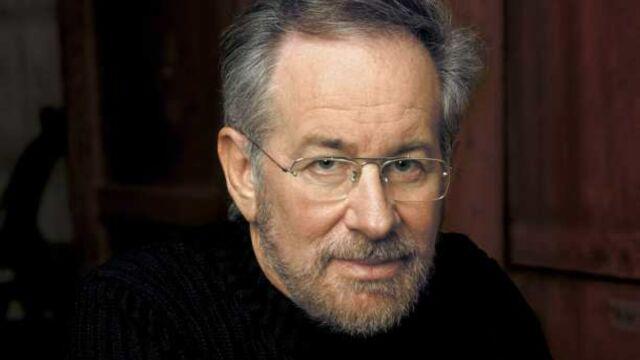 Extant : la série futuriste de Steven Spielberg commandée par CBS