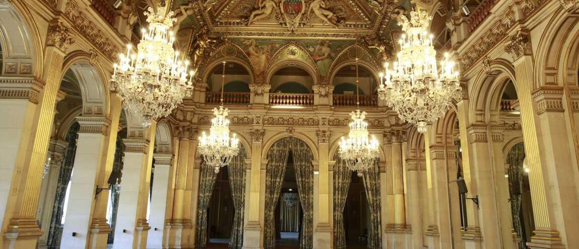 44c726d21b9 Zone Interdite (M6)   Les chiffres fous de l Hôtel de Ville de Paris  (INFOGRAPHIE)