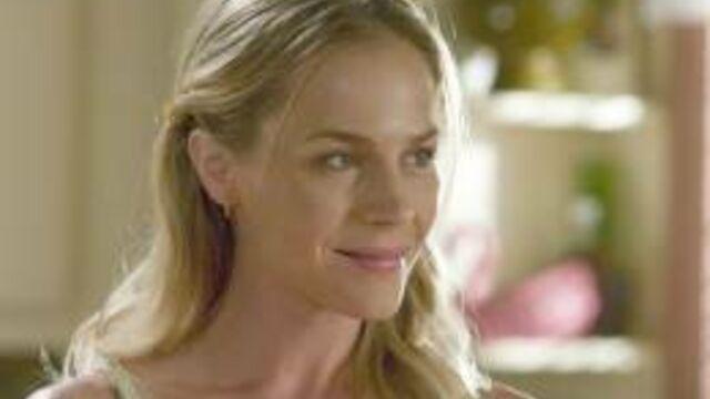 Festival de Monte-Carlo : Julie Benz traumatisée par son départ de Dexter