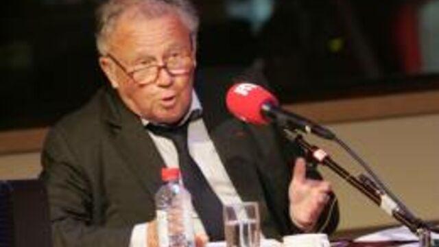 Philippe Bouvard a resigné pour trois ans de Grosses Têtes