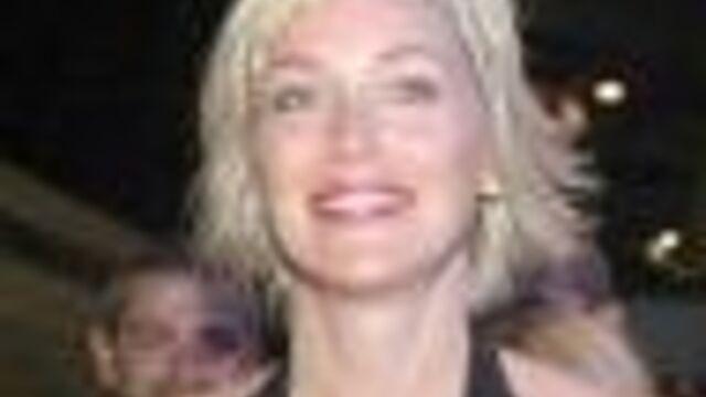 SERIE : Sharon Stone dans New York Unité Spéciale
