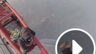 Buzz. Ils escaladent à mains nues une tour de 650 mètres de haut ! (VIDEO)
