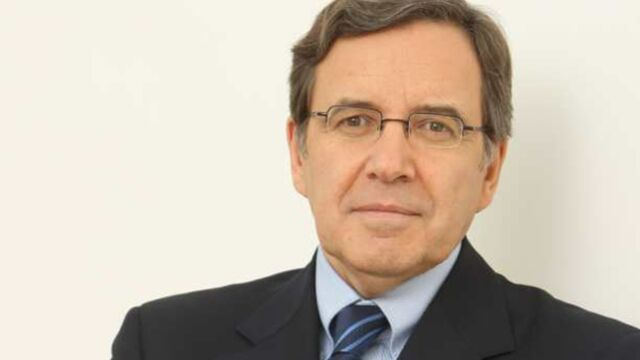 """Le patron de TF1 en colère contre """"le vol"""" de ses héros"""