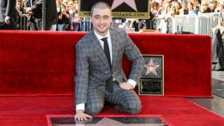 Harry Potter honoré à Hollywood… et le crâne rasé ! (PHOTOS)