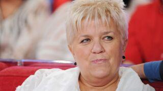 Souffrante, Mimie Mathy donne de ses nouvelles avant son opération