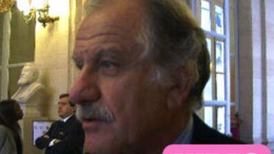 Les politiques jugent les stars de l'info (VIDEO)