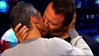 Nagui et Arthur s'embrassent, Fauve danse, Nabilla lit... Le Zapping people