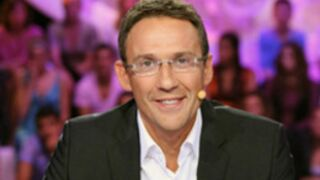 """Julien Courbet : Son jeu """"En toutes lettres"""" arrêté ?"""