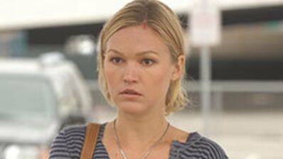 Casting de la série Guilt by association : Julia Stiles remplace Neve Campbell