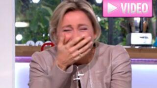 C à vous : Et encore un fou rire pour Anne-Sophie Lapix ! (VIDEO)