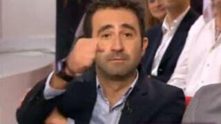 Mathieu Madénian adresse un bras d'honneur à Marine Le Pen (VIDEO)