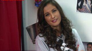 Malika Ménard imite Nabilla dans La Boîte à Photos de Télé-Loisirs (VIDEO)