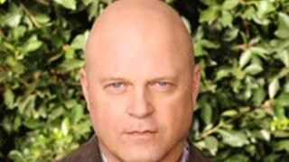 Michael Chiklis (The Shield) tourne un pilote de série pour CBS