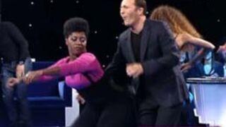 Zapping people : Une danse très hot, les baisers de Ruquier, Johnny... (VIDEO)