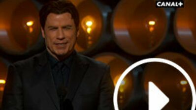 Oscars 2014 : Après son énorme cafouillage, John Travolta s'excuse (VIDEO)
